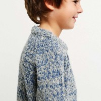 4-jumper-no-15-winterskies-model-4