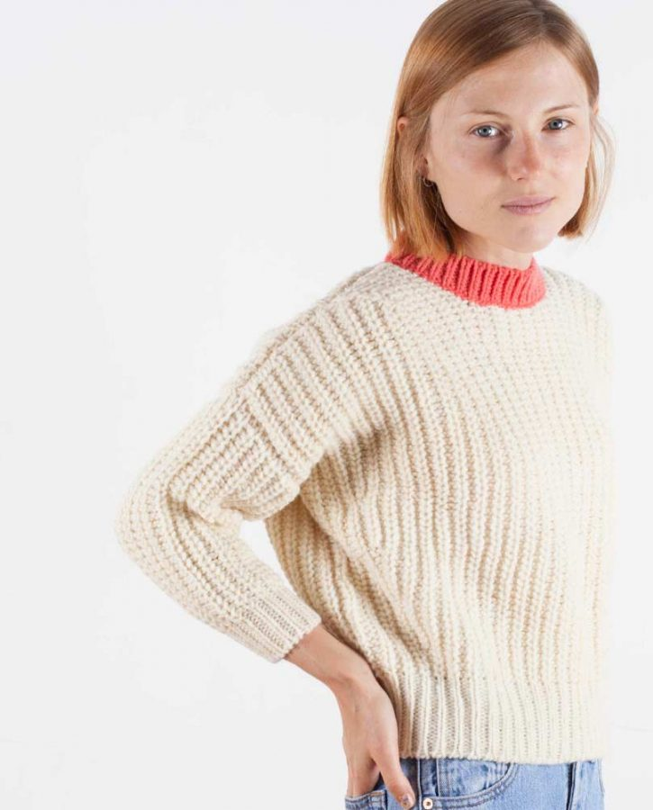 jumper-woman-no19-mini-coral-model-3