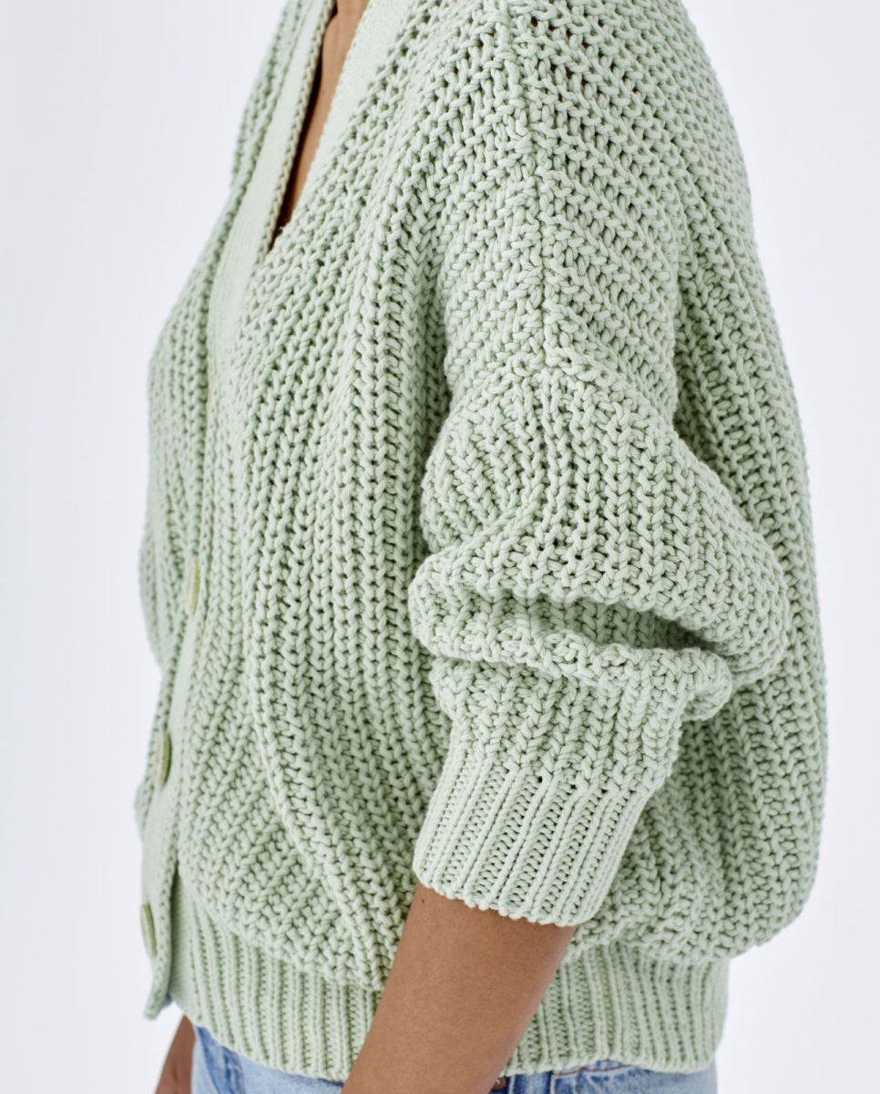 cardigan-woman-no18-ice-lagoon-7
